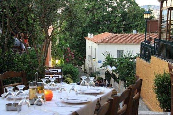 I Palia Taverna Tou Psaras : View from the Restaurant