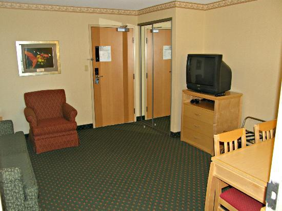 Embassy Suites by Hilton Niagara Falls Fallsview Hotel: Salón-comedor