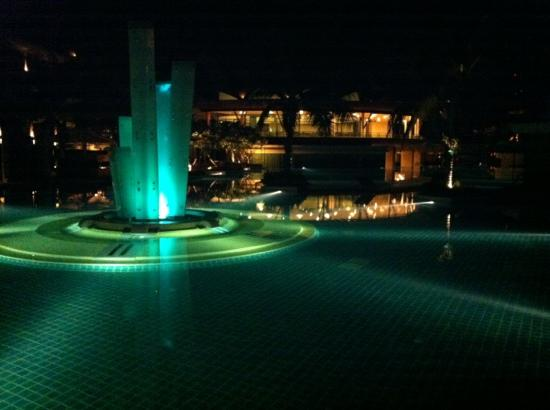 Springfield @ Sea Resort & Spa: night at the pool