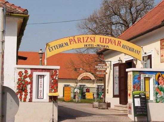 Photo of Parizsi Udvar Panzio Keszthely