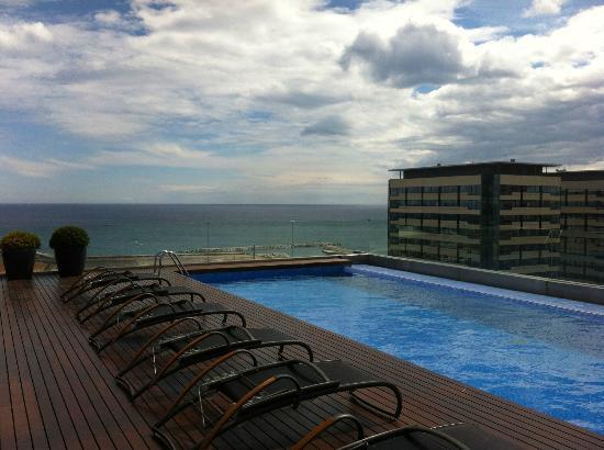 Vue Mer Depuis La Piscine   Photo De Ac Hotel Barcelona Forum By