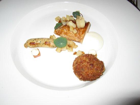 Matsalen - Grand Hotel Lund: Main course rooster and artichoke