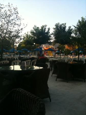 Batihan Beach Resort & Spa: evening view of slides