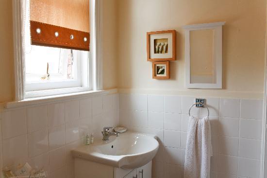 Broadfield Hotel: clean spacious  en-suite