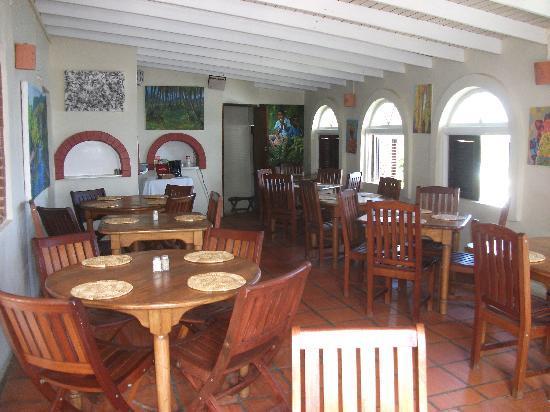 Round House Inn: restaurant