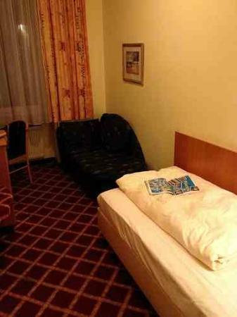 Hotel Müller: Single Room