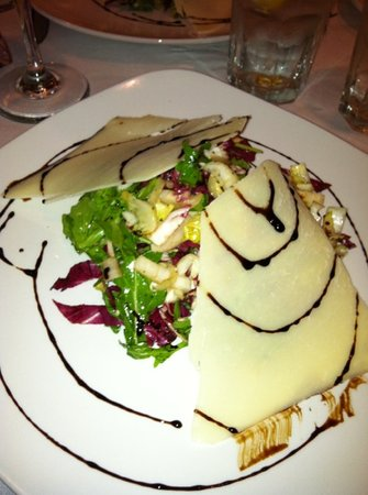 Fiamma: Tri color salad, it was the best and creative