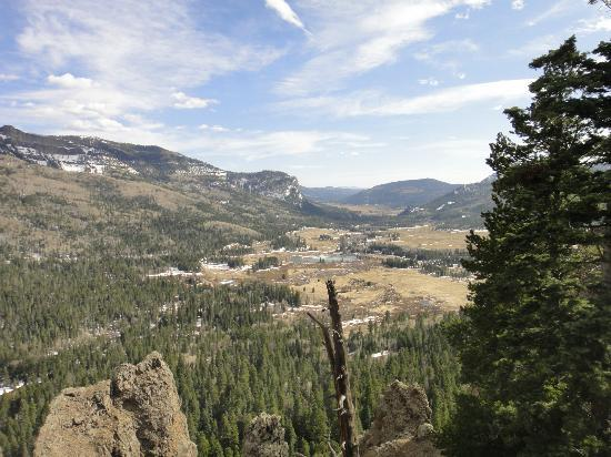 Fireside Inn & Cabins: Looking into the Pagosa Springs Valley from the East
