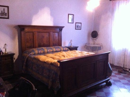 Residenza d'Epoca Palazzo Buonaccorsi: state-of-the-art bed!