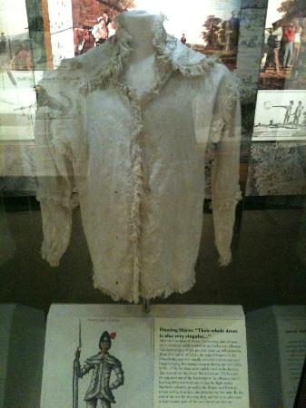 Fort Pitt Museum: Rifleman shirt (linen) from 1790's (one of 4 that exist)