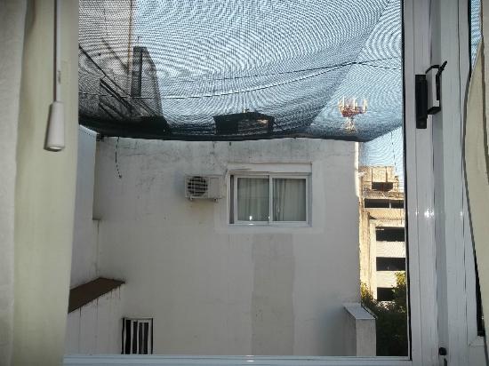 Sarmiento Palace Hotel: Vista da janela do quarto