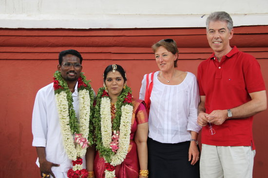 Muziris Heritage - Day Tours: My guest with newly wed couple at Guruvayoor temple-one of my favorite photo and always search t