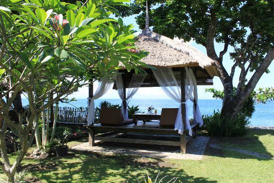 Sunset House Lombok: Wonderful gardens