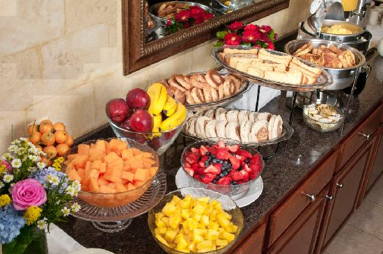 Hotel Rehoboth: Continental Breakfast display
