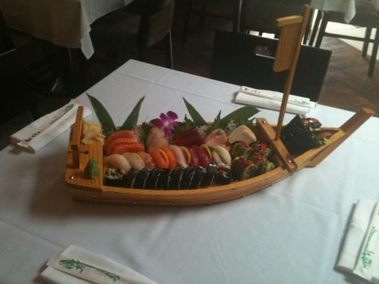 Koo Neo-Japonese Cuisine: Koo chef selection combo