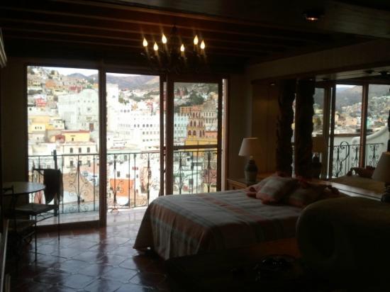 Casa Dionisio : Ranas Room