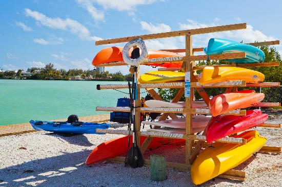 The Holiday Inn Express & Suites Marathon: kayak and paddle boards