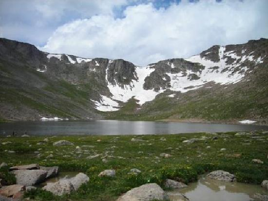 Mount Evans Scenic Byway: looks like a painting