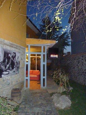 Villa Themistokli