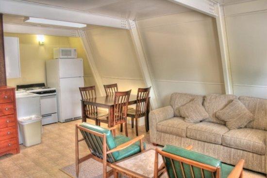 Heidelberg Lodges : Efficiency unit, kitchen area