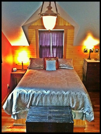 Juniper Lane Guest House: Regal Royale room