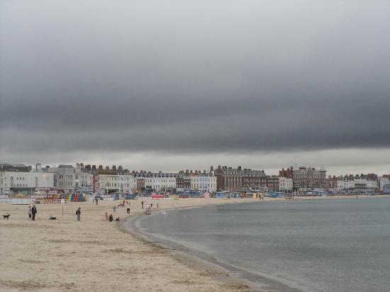 Weymouth beach, looking towards Lodmoor