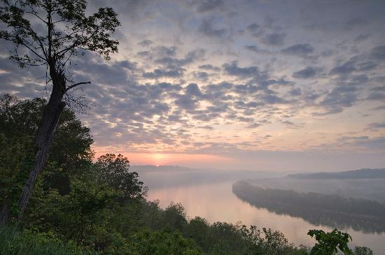 Corydon, IN: Scenic Ohio River