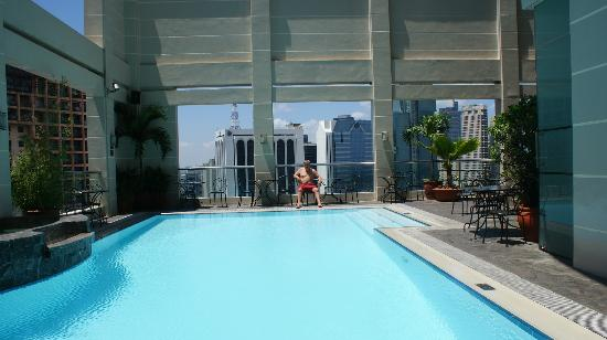 poolside Picture of City Garden Hotel Makati Makati TripAdvisor