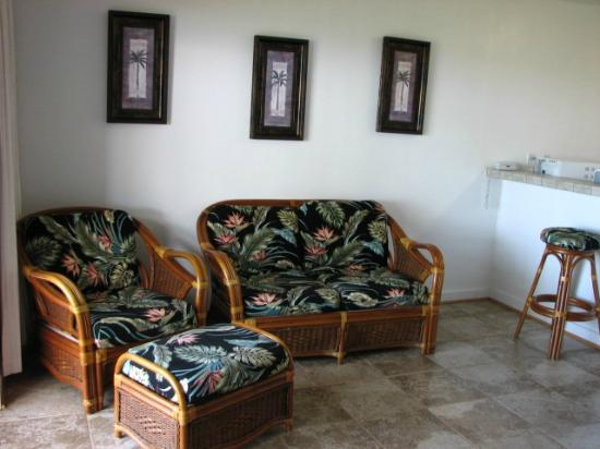 Castle Molokai Shores - Living Room