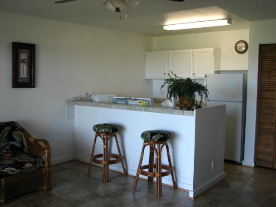 Castle Molokai Shores - Kitchen