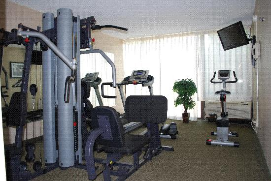 Ramada Triangle/Quantico: Fitness Center