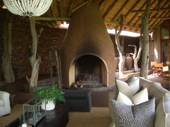 Madikwe Safari Lodge: Terasse der Lodge