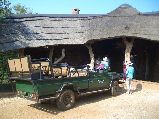 "Madikwe Safari Lodge: ""Empfangshalle"""