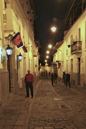 La Casona de la Ronda Heritage Boutique Hotel: The street outside