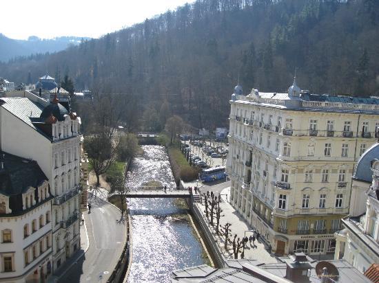 Vienna House Dvorak Karlovy Vary: Вид Карловых Вар