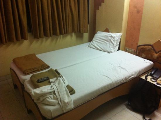 Kamran Residency : the dirty room