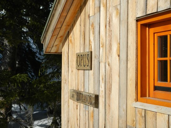 OPUS Hut : Side of Hut from Deck