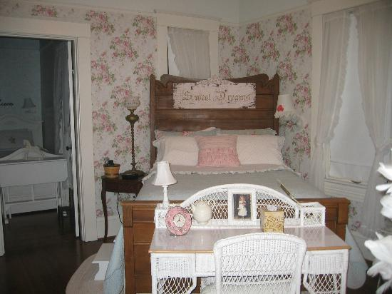 Sandes of Time Bed & Breakfast: Secret Garden double bed