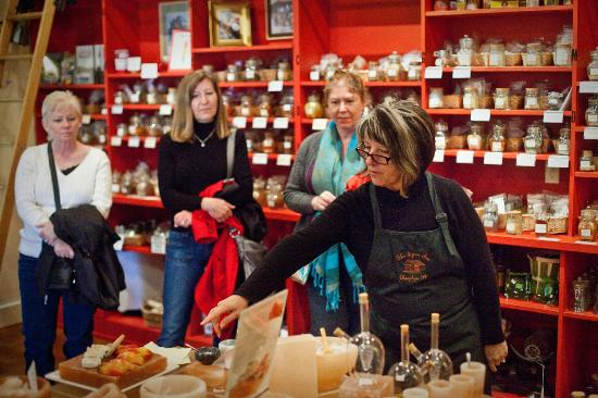 Local Roots Food Tours: The Spice Tin demo