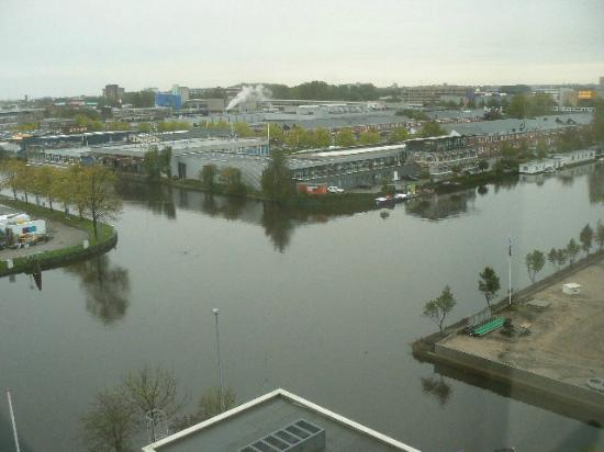 Mercure Hotel Amsterdam City: View from our room