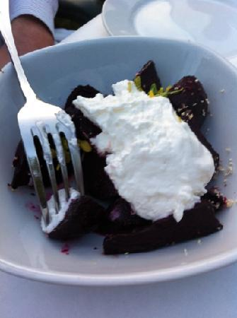 Dante's Kitchen: beets with mascarpone