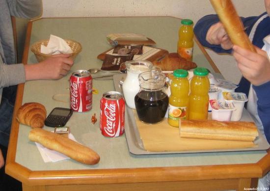 CERISE Nantes La Beaujoire : Petit déjeuner copieux