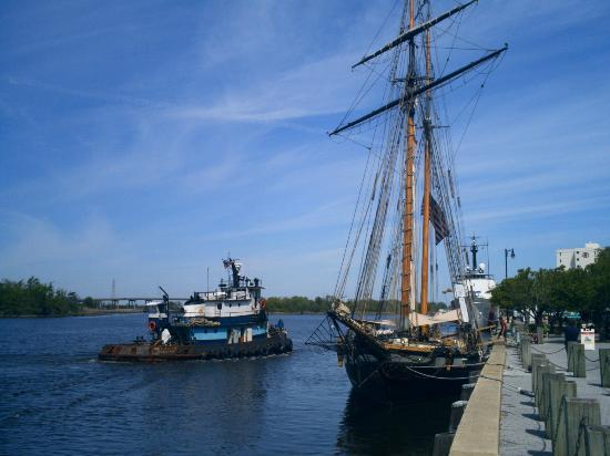 Cape Fear River: Tugboat and a tall ship.
