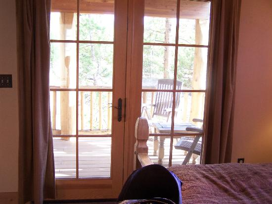 Wild Horse Inn : A connecting door to the porch from the bedroom.