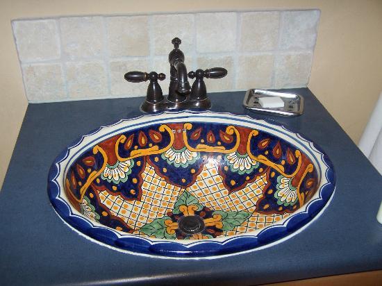 Wild Horse Inn : Love this sink!