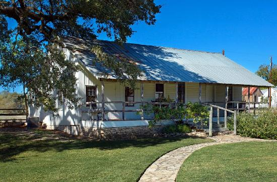 Round Top Inn: The Farm House