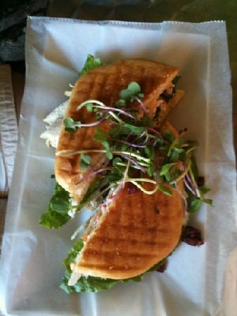 Bieke's Bistro : turkey bacon club presentation