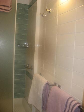 B&B Amedeo : Bathroom
