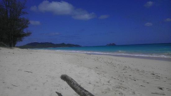 Hale 'Nalo Beach Rentals: Dah Beach, left