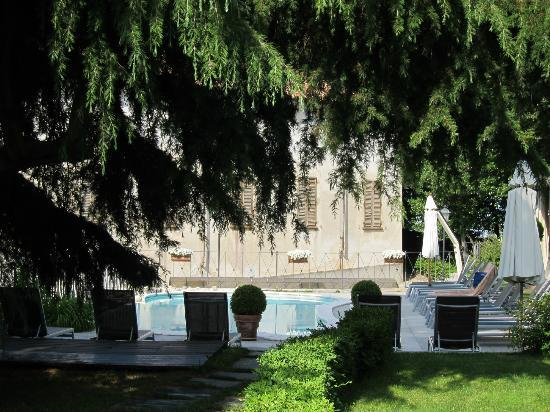 Hotel Villa Beccaris: view of pool area